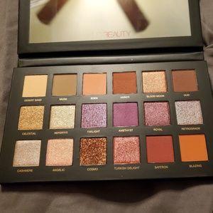 HUDA BEAUTY Makeup - Huda Beauty eyeshadow palettes